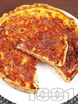 Пирог с бекон и лук - снимка на рецептата